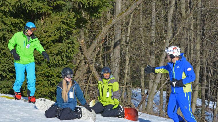 Instruktor základního snowboardingu- jak probíhá kurz